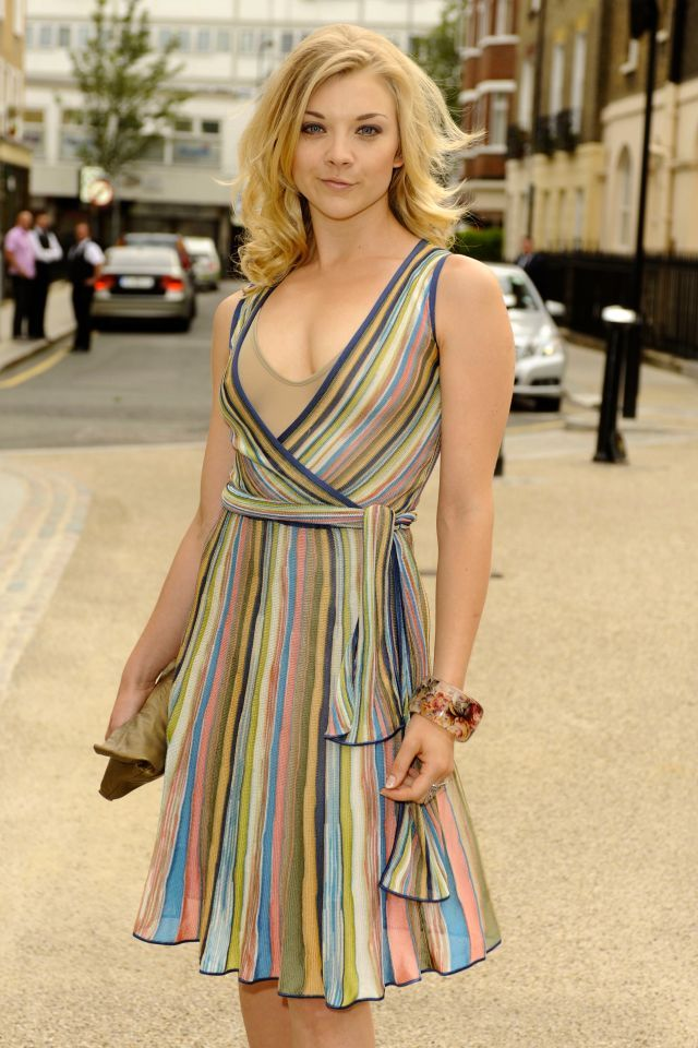 Love her dress!  I forget who she is!  :)