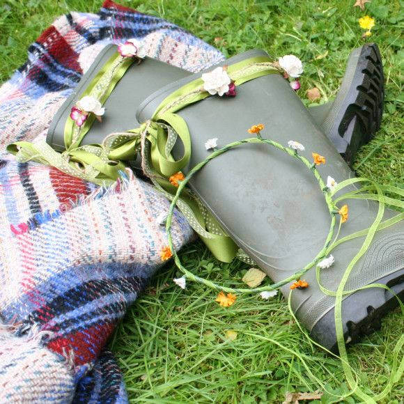 How to make festival wellies l Hobbycraft