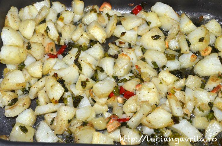 Cartofi noi, ușor picanți cu aromă de trufe și leurdă