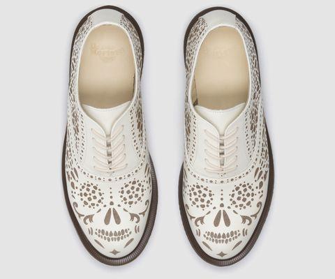 AILA | Femmes Chaussures | Femmes | France - Découvrez la collection officielle Dr Martens
