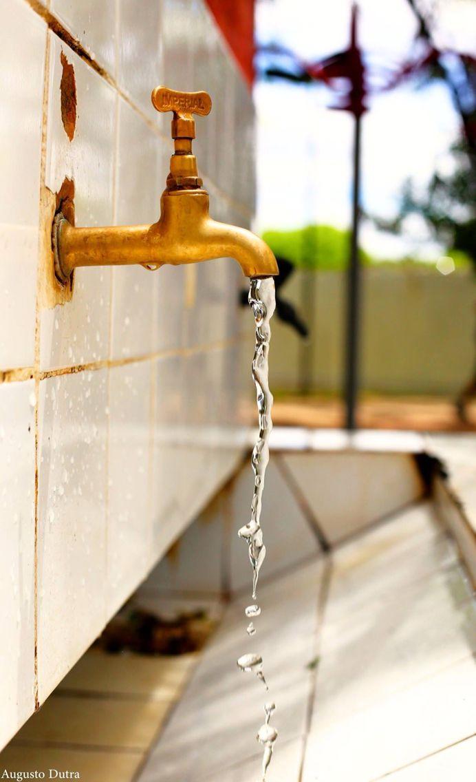 Água.