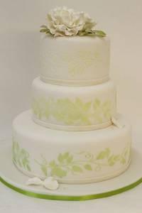 Hochzeitstorte im Farbmotto Grün-Weiß | Torte: suess-und-salzig.de