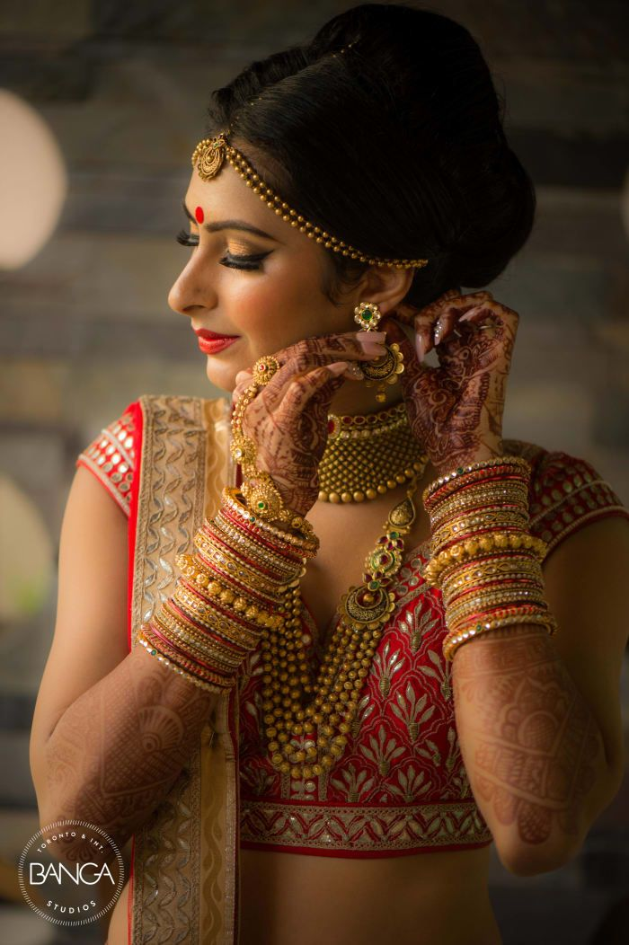 Bridal Wear - The Bride! Photos, Hindu Culture, Beige Color, Make Up, Bridal Makeup, Mangtika pictures, images, vendor credits - Anita Dongre Timeless, Shyamal and Bhumika, Anushree Reddy, WeddingPlz