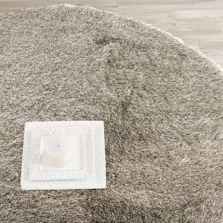 Safavieh Handmade Silken Glam Paris Shag Sable Brown Polyester Rug Round) ,  Size X (Cotton, Solid)