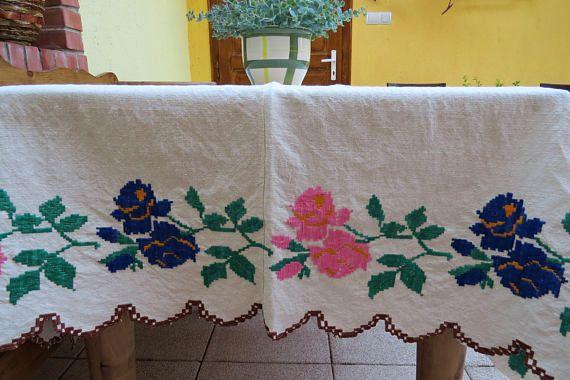 268.Homespun flax linen tablecloth/vintage hand embroidered