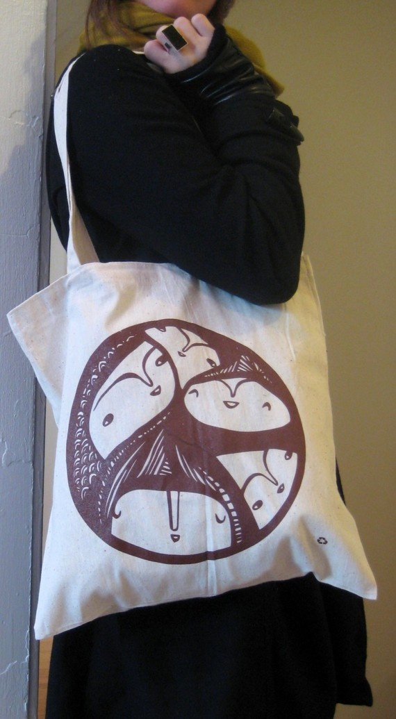 Everybody In - tote bag