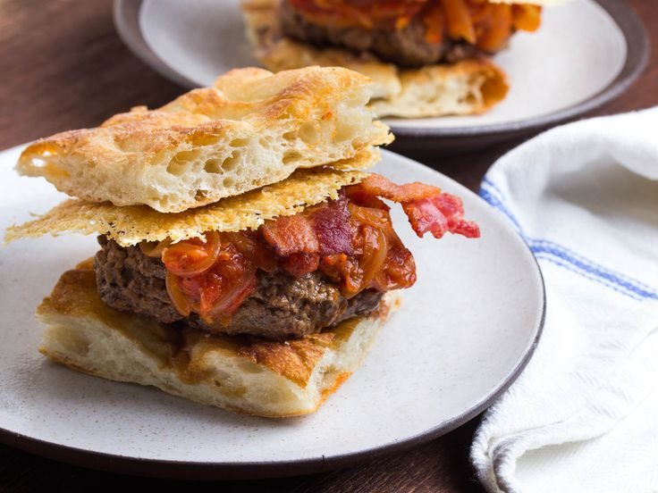 How to make the Amatriciana Burger: Amatriciana Burgers, Burger Toppings, Burgers Tops
