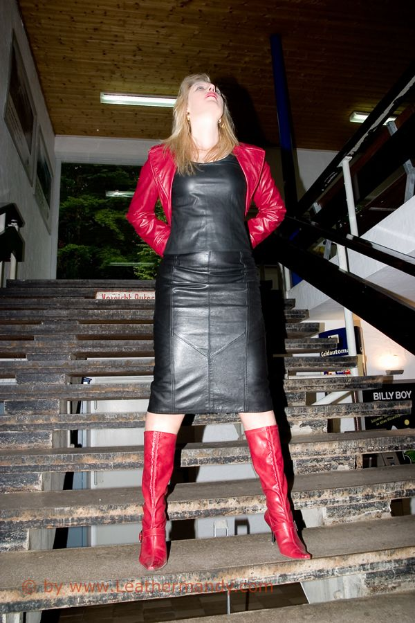 Bild: leathermandy012863xef9.jpg - abload.de