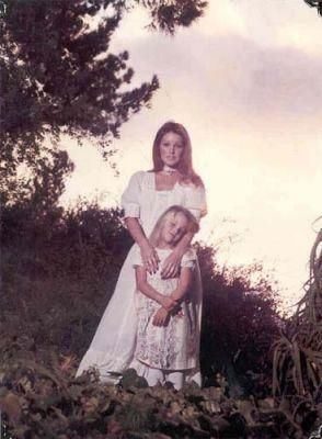 Priscilla Presley When Young   Priscilla Presley and Lisa Marie Presley Young mother and lovely ...