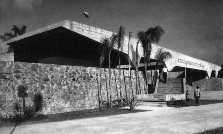 Santa Paula Yatch Club, Vilanova Artigas