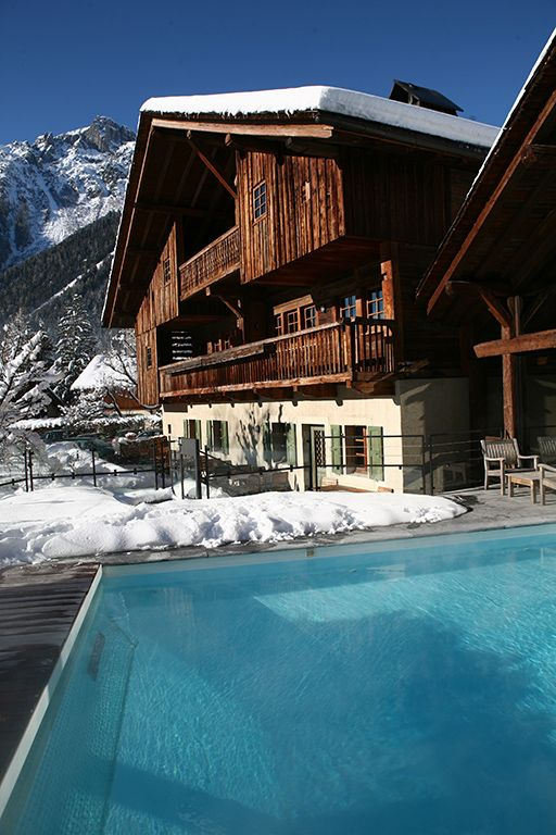 Hameau Albert Ier. Restaurant of a Grand Chef Relais & Châteaux and hotel in the mountains. France, Chamonix-Mont-Blanc.Unique in the world: indoor/outdoor swimming pool also boasts views of the eternal snows on the roof of Europe. #RelaisChateaux #Albert1er #Snow #Spa #Winter