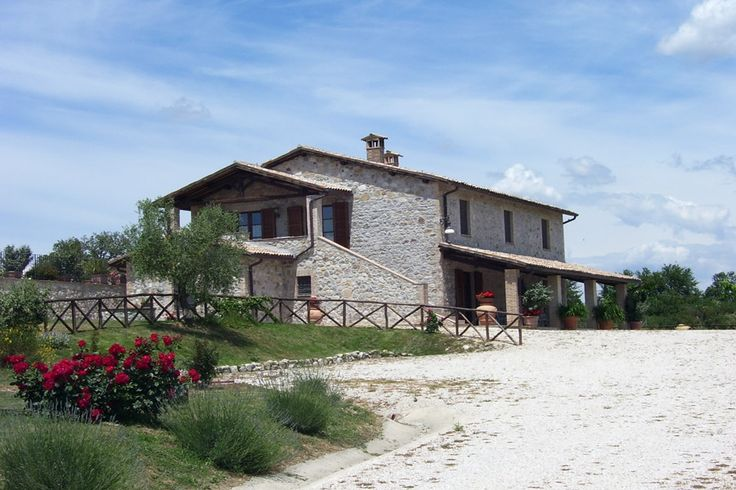 In Fabro near Orvieto Umbria we have this fine farmhouse accurately restored and divided in 5 pretty small apartments with swimming pool,self catering...http://www.italiaincampagna.com/umbria/fabro/farmhouse/agriturismo-fabro-orvieto_en.aspx