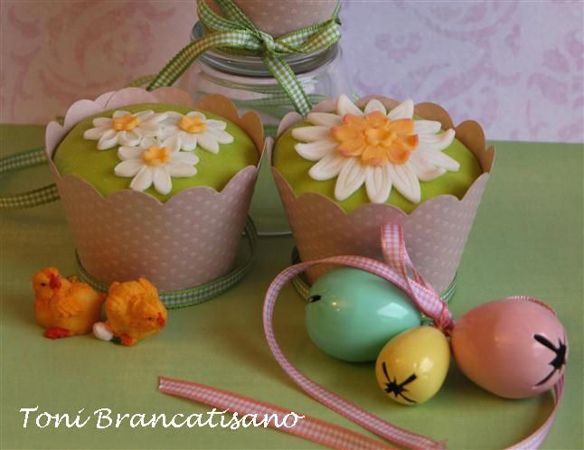 Easter Cupcakes decorated with Spring in mind!