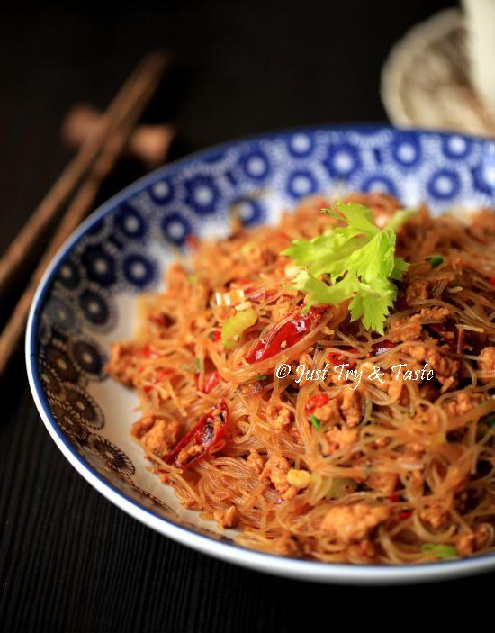 Bihun Pedas dengan Ayam Cincang a la Szechuan