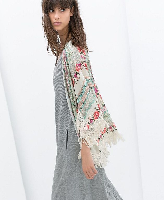 CT607 New Fashion Ladies' floral Pattern tassel Cape vintage loose Outwear casual Tops elegant Cape Lady kimono blouses branded
