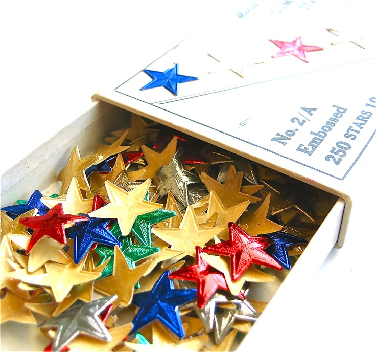 Ah, the coveted gold star... these bring me back to 1st grade... reward system of stars that we stuck on a big pocket envelope made of colored construction paper :)