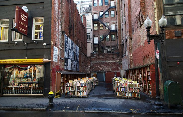 Brattle Book Shop in Boston, Massachusetts: Founded in 1825, the Brattle Book Shop is one of the largest antiquarian book shops in the country. There are unique outdoor bookstalls, as well as three levels of titles to browse through.