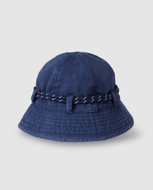 Gorro de niño Bass 10 con cordón azul marino  a3e35b9bb5c