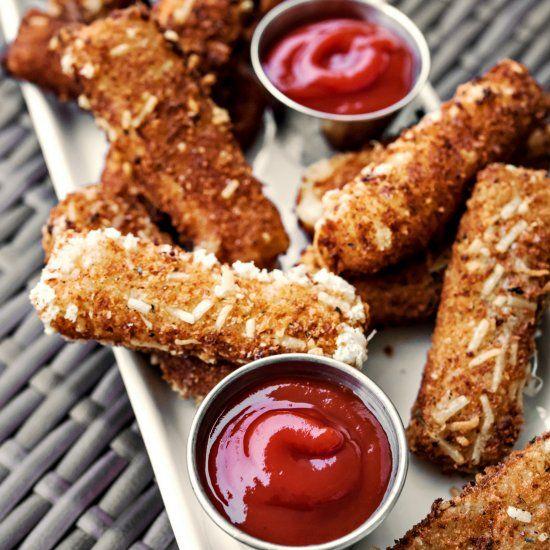 Spicy parmesan breaded mozzarella sticks w/ sriracha ketchup - gluten free breading
