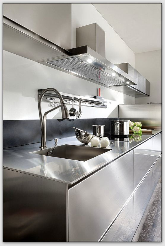 les 25 meilleures id es de la cat gorie cuisine inox sur pinterest plaque inox cuisine. Black Bedroom Furniture Sets. Home Design Ideas