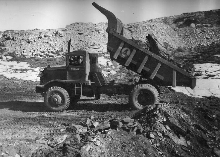 Dumping an impressive load of rock, this Ministry of Works R-15 is at work on the mighty Benmore dam. It is quite remarkable how much punishment these tough old machimes could absorb and still come back for more.