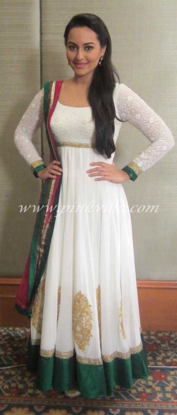 Sonakshi Sinha promoting Son Of Sardaar | PINKVILLA