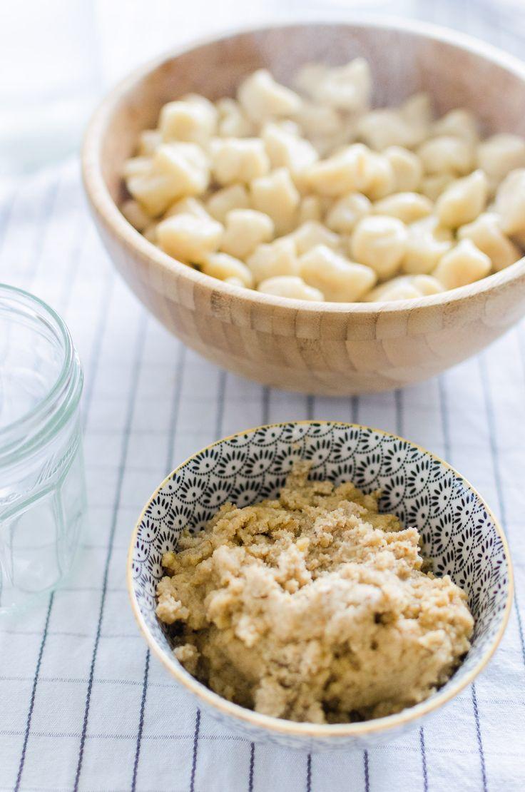 Pesto noci e mandorle, gnocchi di patate e una nuova sezione food