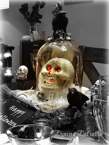 lighted skull under cloche centerpiece by dining delight via flickr - Halloween Centerpieces
