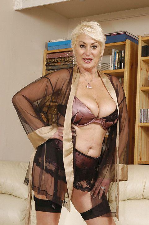 Dana Hayes  Porn Star  Dana Hayes, Fashion, Womensfashion-3135
