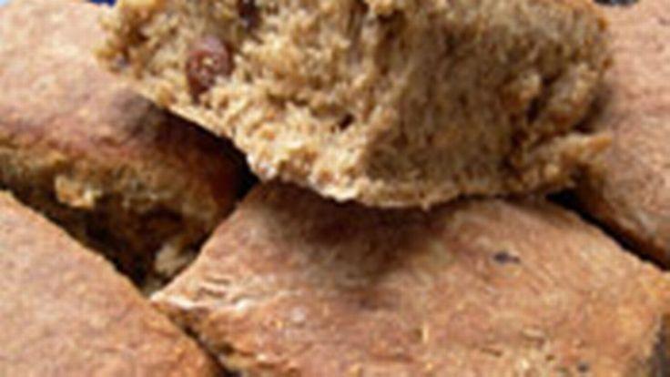 Frukt- och nötbröd | SVT recept