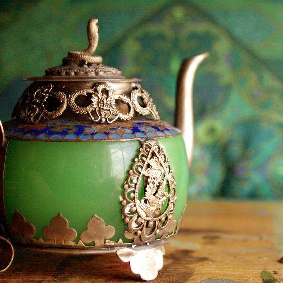 A beautiful antique Tibetan green jade teapot