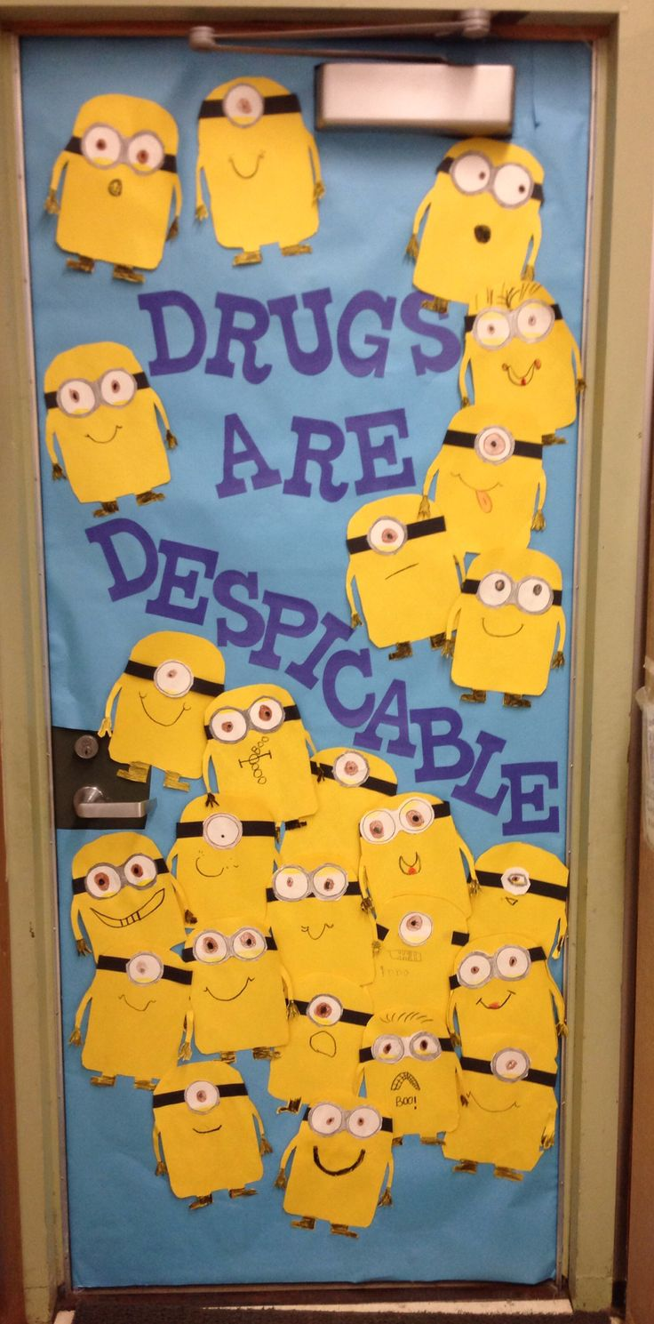 Red Ribbon Week classroom door idea that I used with my K-1 combo.