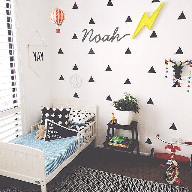 the boo and the boy: eclectic kids' rooms // the triangles!