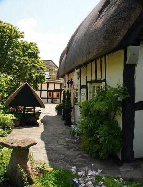 Pollyanna Cottage Cotswolds holiday rental (8)