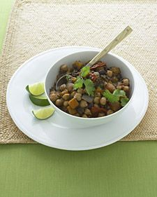 TWO-BEAN VEGETARIAN CHILI: DETOX RECIPES