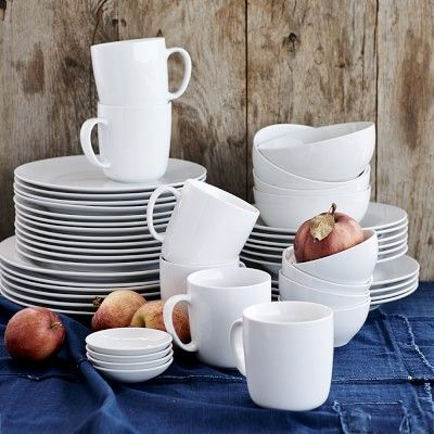 I love plain white dinnerware so the food is the focal point! Williams-Sonoma Open Kitchen Dinnerware Collection #williamssonoma #LimitlessDesign #Contest