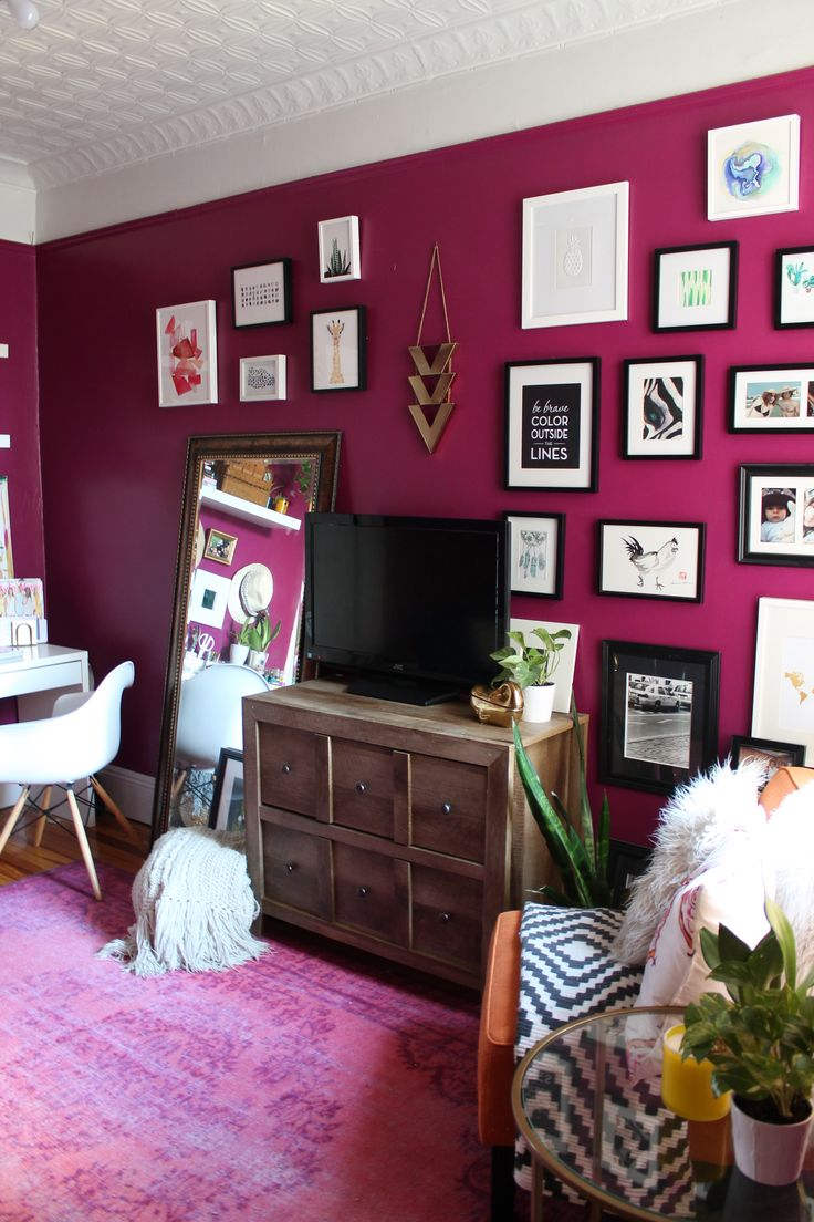 Sg Style Features: Megans Vibrant NY Apartment