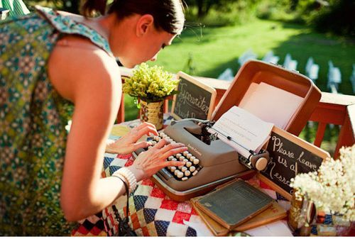 typewriter guestbook at a wedding -- what a great idea!