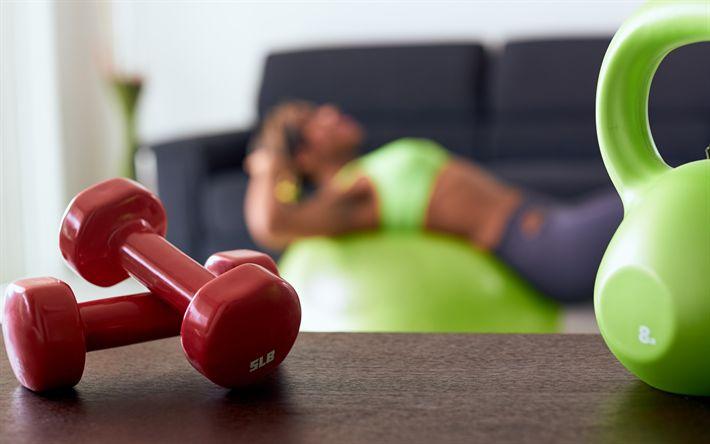 Hämta bilder Att förlora vikt, träning, Koncept, fitness, hantel, kettlebell, viktminskning