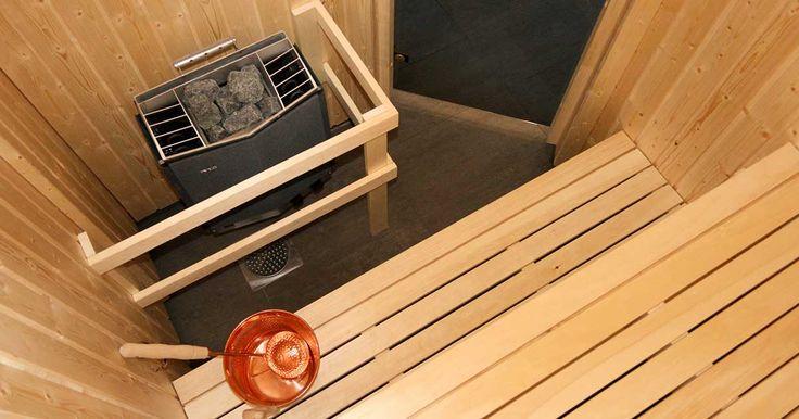 Sauna is common in the North of Sweden// Det är vanligt att man har bastu hemma. Det finns ofta en gemensam bastu i hyreshus och samfälligheter. //