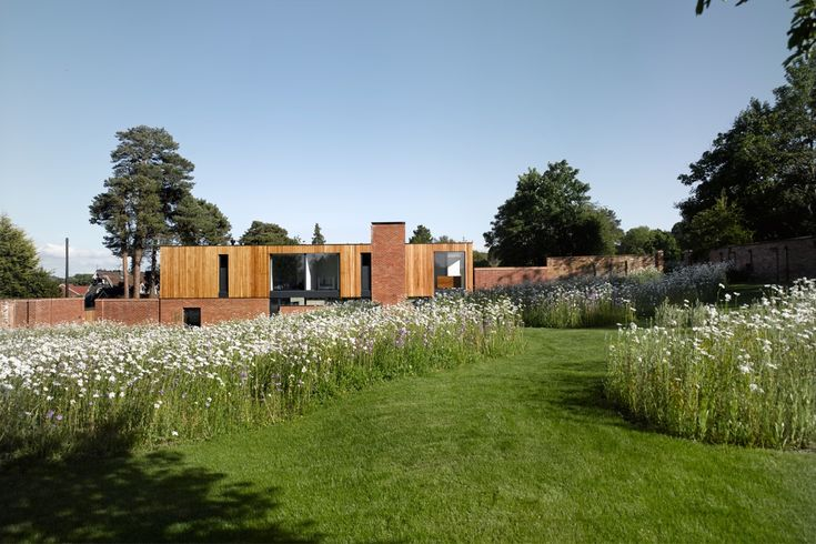 The Cheeran House / John Pardey Architects; Reading, Berkshire, England