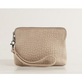 Cute clutch by the danish brand Dixie. Snake print is absolutely trendy!