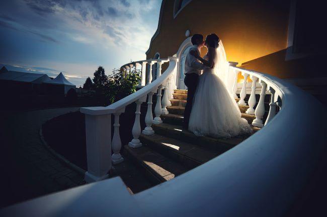 Места для свадебных фотосессий в Донецке. Топ 15 мест для свадебных фото. Как в хорошую погоду, так и в непогоду. Узнай о самых лучших и красивых местах для твоей свадьбы