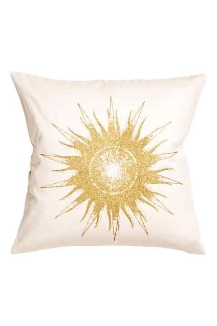 Чехол на подушку с солнцем