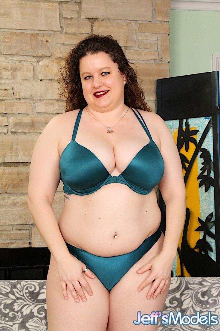 Pretty plumper buxom bella enjoys a fat cock 2
