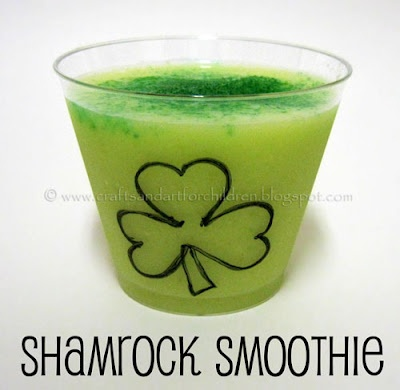 St Patrick's Day Snacks + a Shamrock Smoothie from Crafts-N-Things for Children
