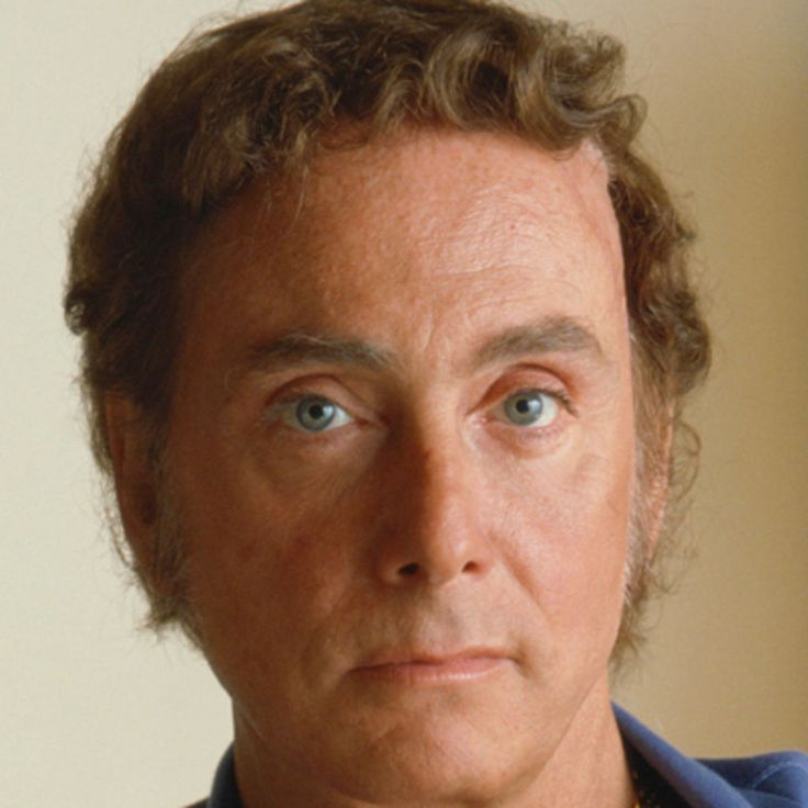 Explore the life of pornography icon Bob Guccione, the eccentric publisher who brought Penthouse magazine to the shelves, on biography.com.