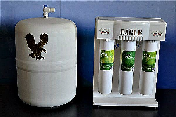The Eagle RO-001. Reverse Osmosis Drinking Water filtration system.