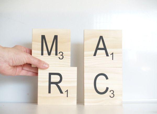 M s de 25 ideas nicas sobre letras de scrabble en pinterest arte con azulejo scrabble - Casa letras madera ...