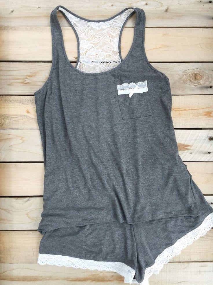Pijama algodón gris y encaje